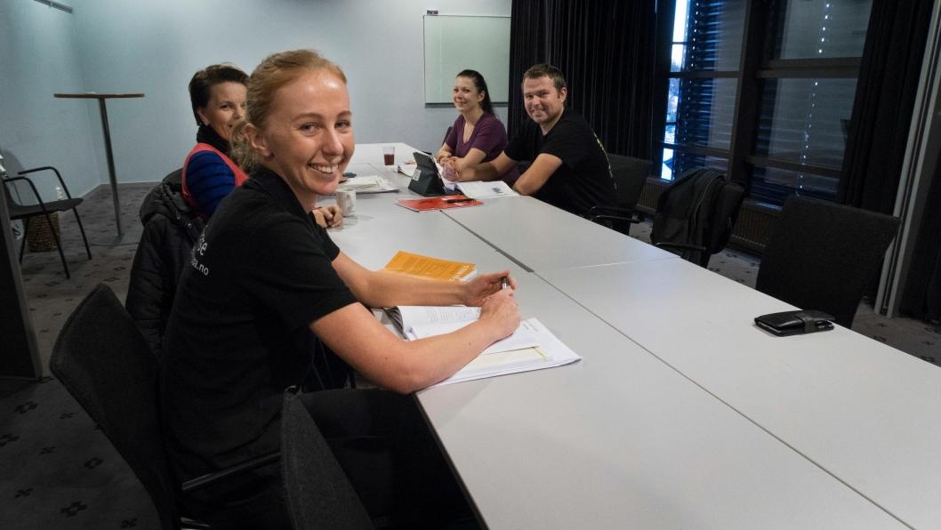 HAR LÆRT MYE: Birgit Pajoma er en av de som er i gang med det videregående kurset i norsk. Hun mener det er viktig å lære for å bli en del av samfunnet utenfor arbeidsplassen også.