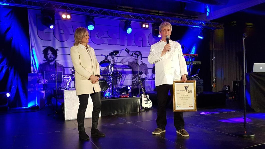 ÆRESPRIS: Arne Brimi fikk i går kveld Horecabransjens Ærespris under SMAK.
