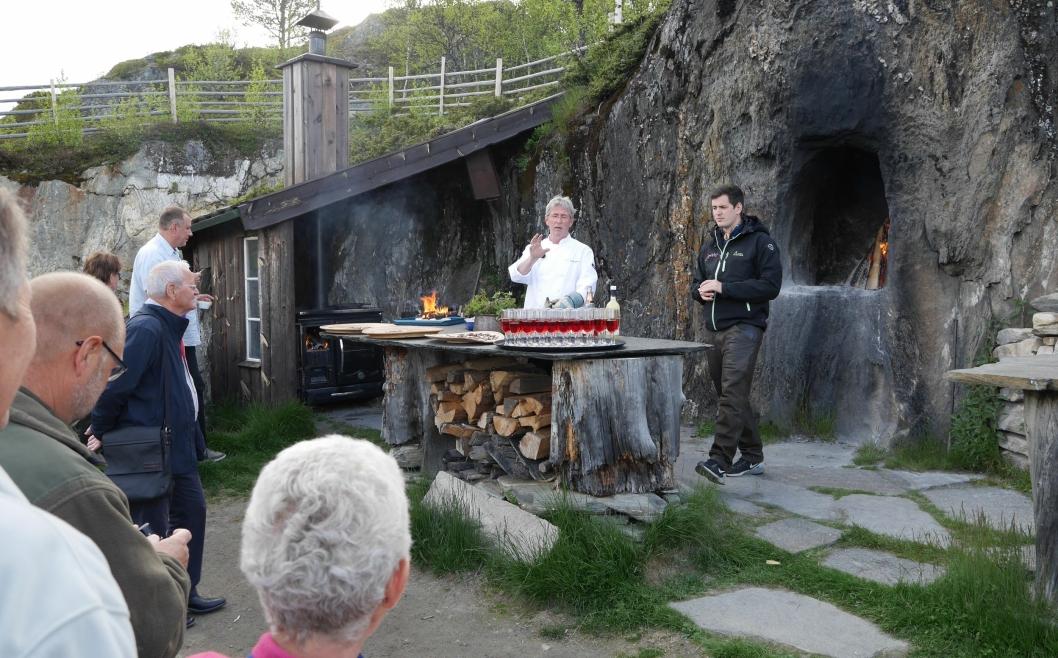 PÅ HJEMMEBANE: På Vianvang sørger Arne Brimi for fantastiske matopplevelser for gjestene.