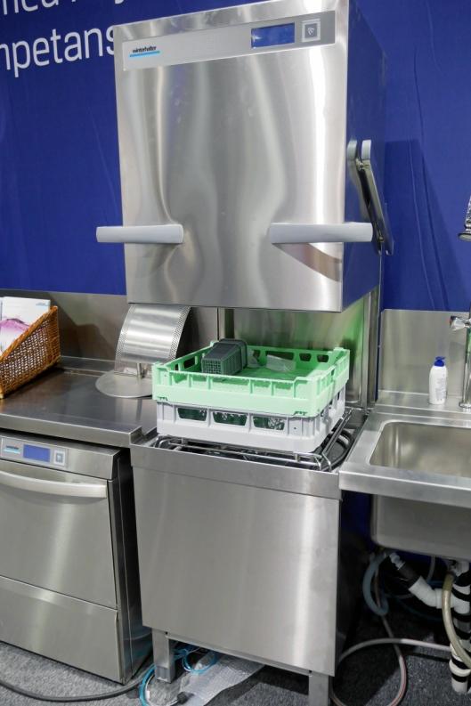 VALGFRIHET: Glassvaskeren kommer både som hette- og benk-løsning.