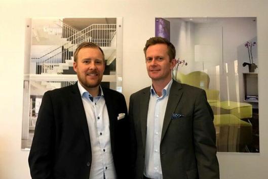 TALENTJEGERE: Johan Appelgren (t.v.) og Stephen Meinich-Bache i First Hotels jakter nye talenter.