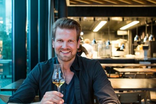 UENIG: Anders Husa synes Bokbacka i Oslo hadde fortjent en stjerne i Michelin-guiden. Foto: Arnold Lan.