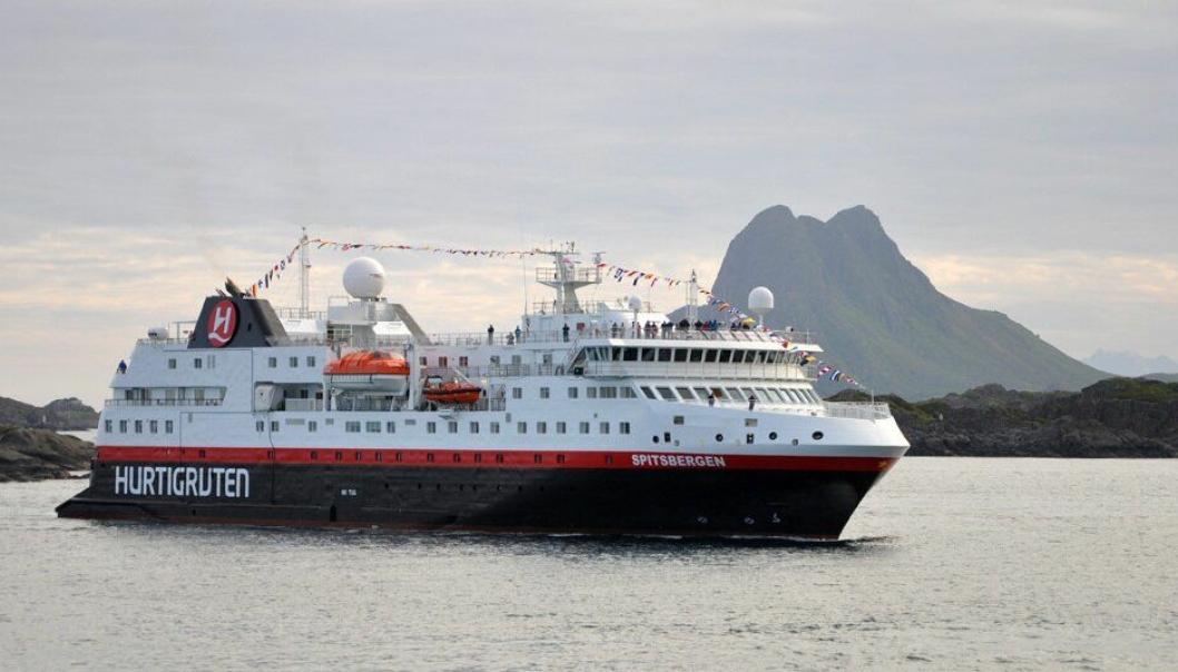 POPULÆR: Hurtigruten er Norges nest best på omdømme. Foto: Eivind Lande.