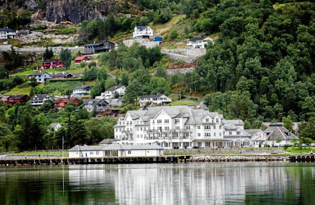 STORINNRYKK: Nå står en travel sommersesong for døren. Eidfjord har blitt en stor cruisedestinasjon i løpet av de senere årene.