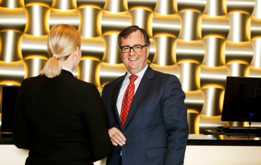 KUTTER: Morten Thorvaldsen i Thon Hotels regner med å spare millioner på å redusere matsvinn de neste årene.