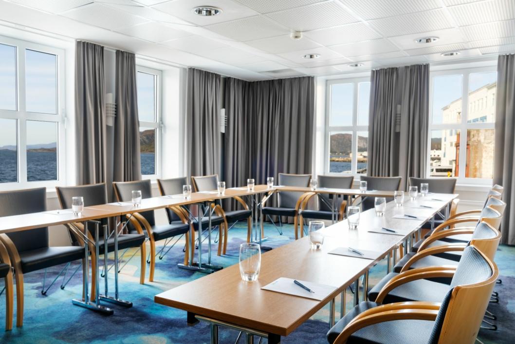 FLOTT: Også møterommene tilbyr en flott utsikt mot havet.