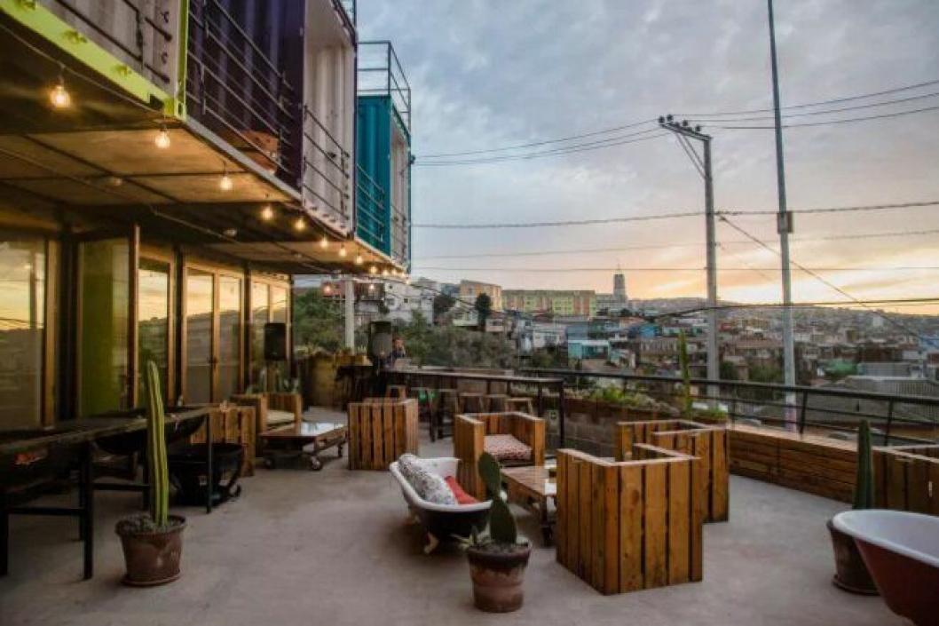 UTSIKT: Hotellet har en fantastisk utsikt over byen Valparaiso.