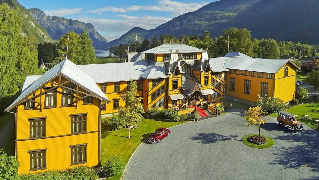 FIKK PRIS: Dalen Hotel i Telemark vant pris i kategorien Historic Hotel Host of the Year Award 2018.