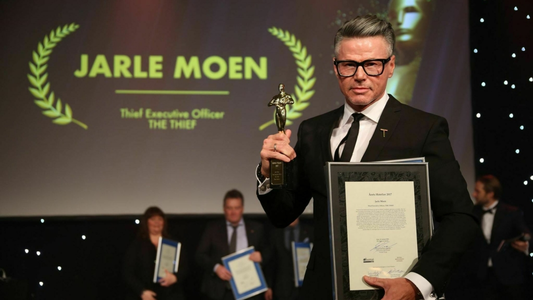 VINNER: Årets Hotelier er Jarle Moen. Foto: Camilla Bergan.
