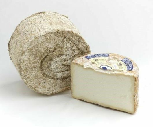 HOVEDROLLE: Osten Castelmagno DOP er en av årets viktigste ingredienser.