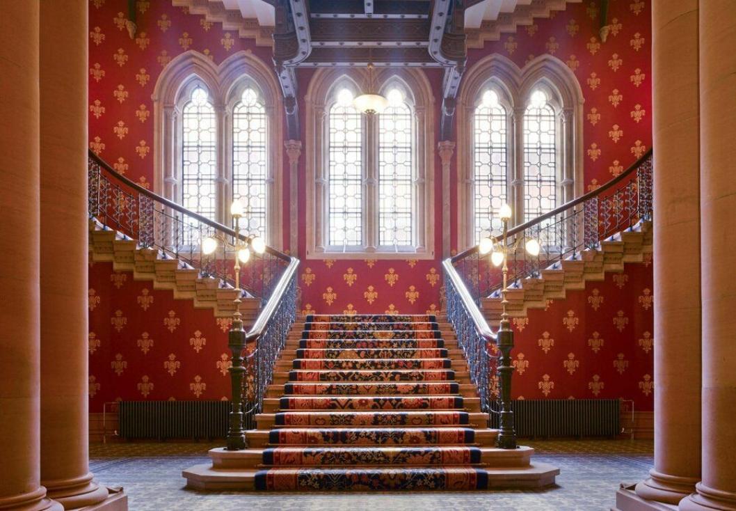 1. plass: St. Pancras Renaissance Hotel London, Storbritannia –kjent fra musikkvideoen til Spice Girls' superhit «Wannabe».
