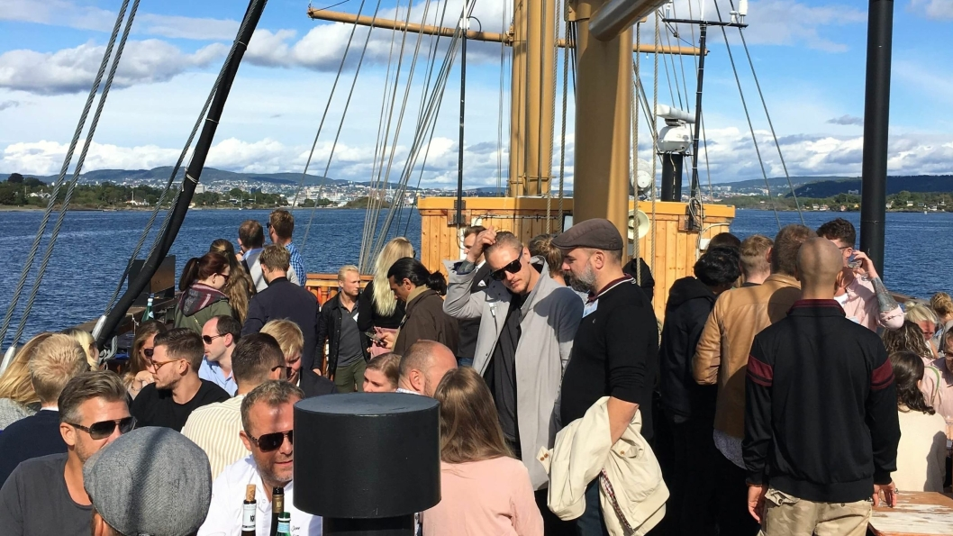 """FULL BÅT: Riesling og krabbe trekker """"fulle hus""""."""