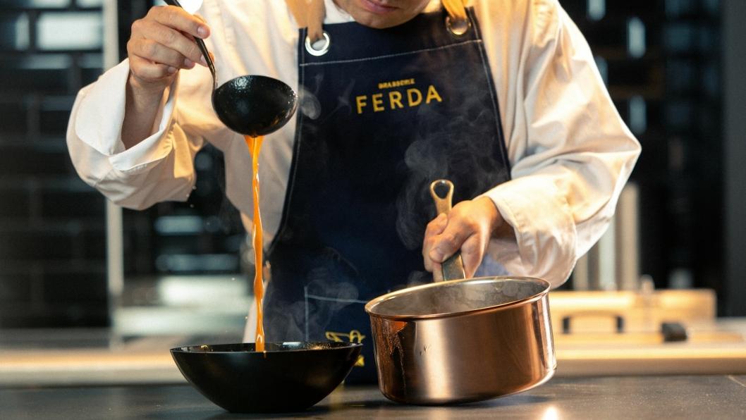 NYHET: Brasserie Ferda dyrker de lokale heltene – bønder, fiskere og ysterier som strekker seg lenger for å tilby det råvarer på sitt beste. Alle foto: brasserieferda.no