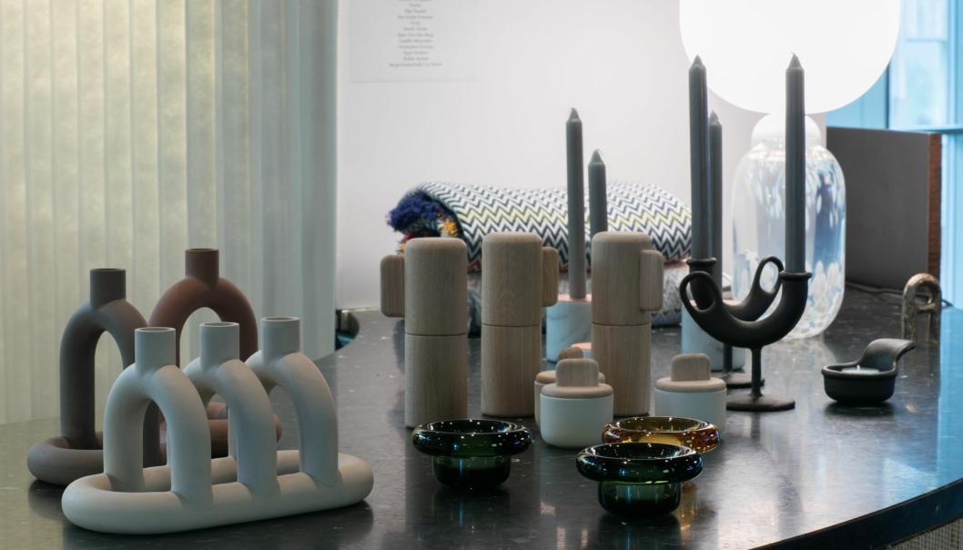 Ulike produkter vises frem fra Anderssen & Voll, Sigve Knutsson og NOIDOI.