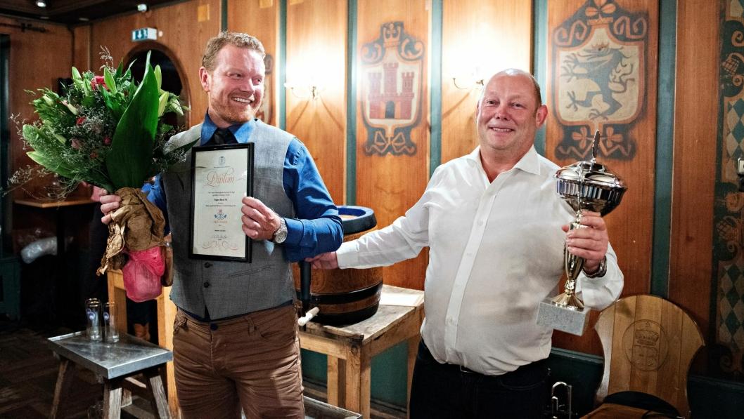 Edgars Bakeri i Mandal er kåret til Årets Bakeri 2018. Hans Inge Justnes (t.v) og Rune Vindsetmo tok imot prisen i München på verdens største bakerimesse.