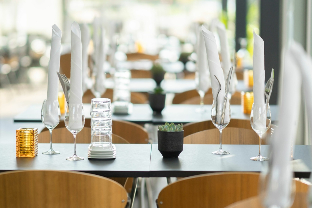 DEKKET OG KLART: Bølgen & Moi har også lokaler i 2. etasje som er tilpasset arrangementer som konfirmasjon, julebord, møter og bryllup.