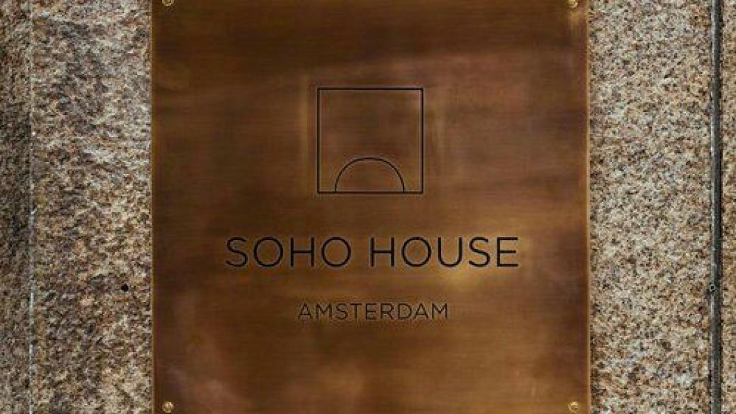 Soho House i Amsterdam skuffer så til de grader på service, ifølge hotellekspert Siri Løining.