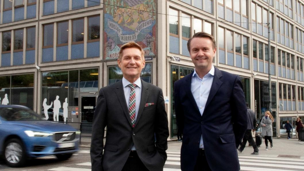 FORNØYDE: Arild R. Hilde (t.v.), administrerende direktør i KS Agenda og Gjøran Sæther, administrerende direktør i Fursetgruppen, er strålende fornøyd med den nye avtalen.