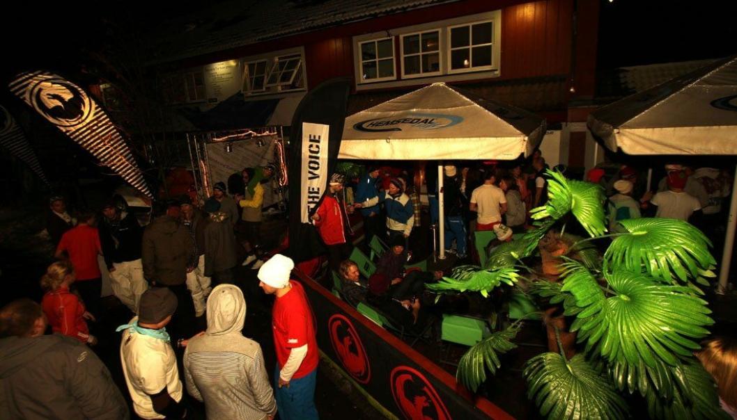 FULL FEST: Hemsedal Cafe har levert festopplevelse i 30 år.