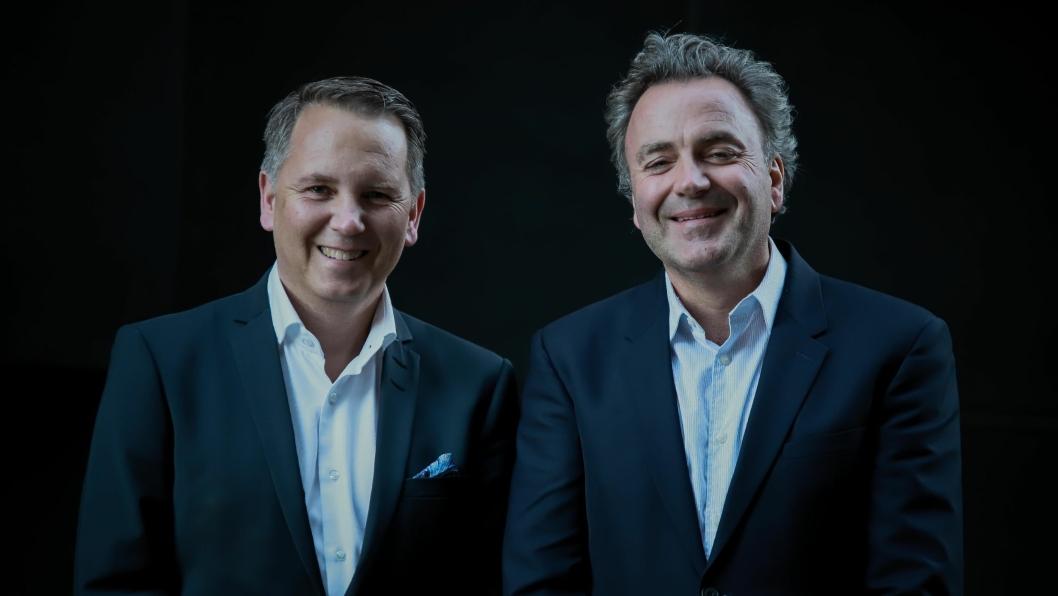 ERFARNE: Rune Jakobsen (t.v.) og Gisle Tangenes satser på rådgivningselskapet Tribun AS.