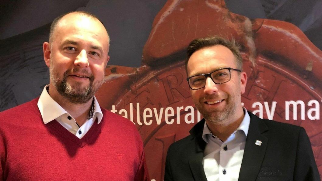 Fra venstre: Torbjørn Møllerop fra Carl Evensen Eftf AS og Stian Eide fra NHO Reiseliv Innkjøpskjeden. Foto: Privat