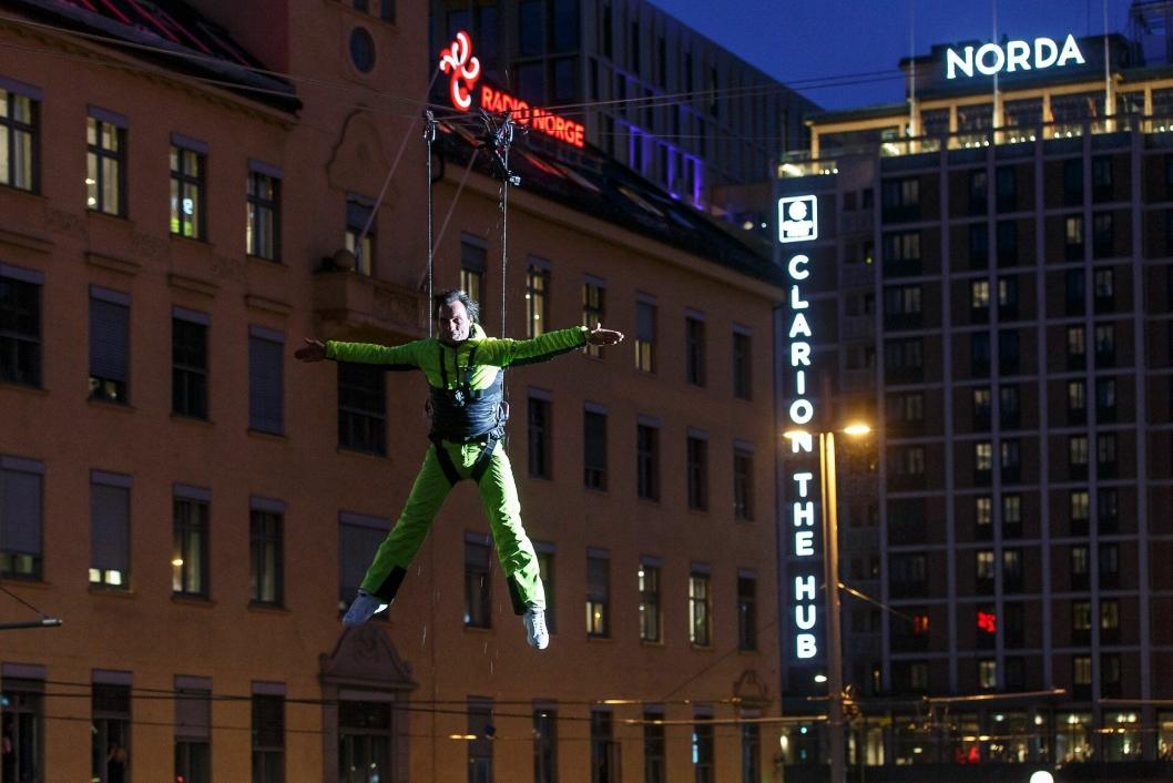 SJEFEN: Petter A. Stordalen har naturlig nok en sentral posisjon i tv-serien.
