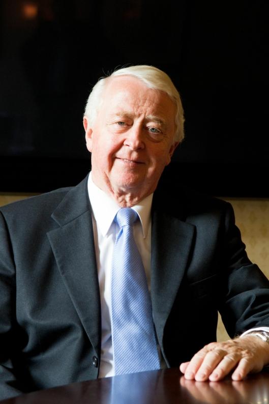Hotellkongen Jan E. Rivelsrud (79) døde lørdag 28.september. Rivelsrud var kjent for å ha startet hotellkjeden Rica. Rivelsrud opprettet kjeden sammen med sin svoger Sveriges prins Carl Bernadotte, og var styreleder i hotellkjeden frem til 2011. Hotellkjeden Rica ble senere solgt til Scandic i 2014.