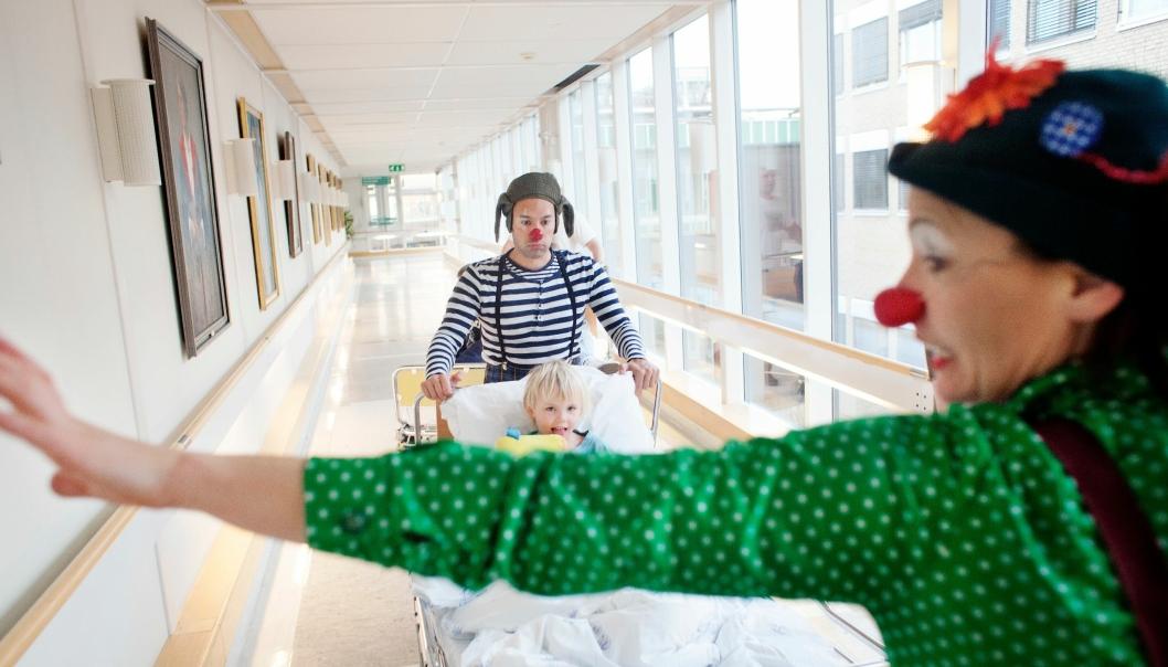 SPRER GLEDE: Sykehusklovnene gjør en uvurderlig jobb. Vil du eller ditt hotell bidra?