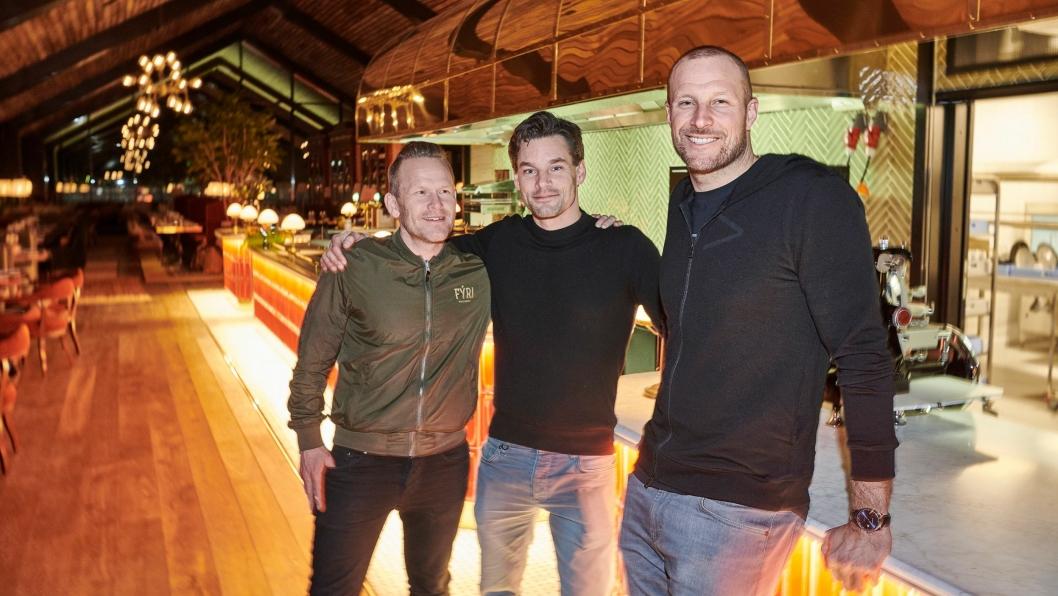 STOLTE: CEO Fýri Henrik Gyllander, Aksel Lund Svindal og Anders Buchardt.