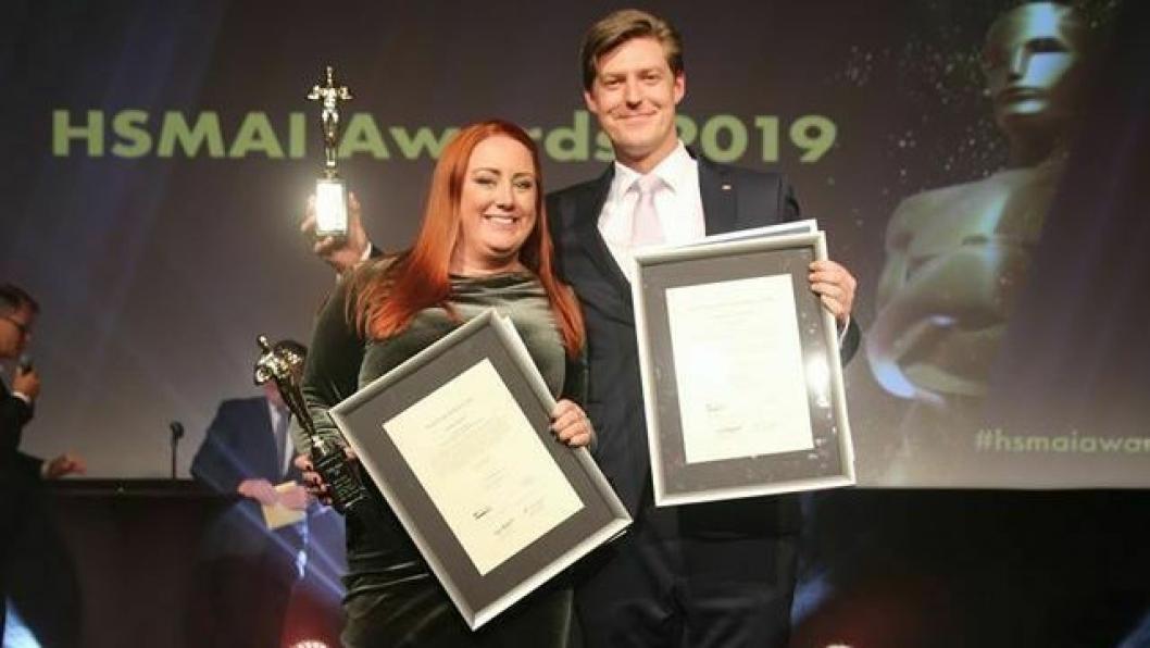 DOBBELTSEIER: Emma Järpell, er kåret til Årets unge hotelier av HSMAI. Christopher Gundersen er «Årets unge leder» i reiselivsbransjen.
