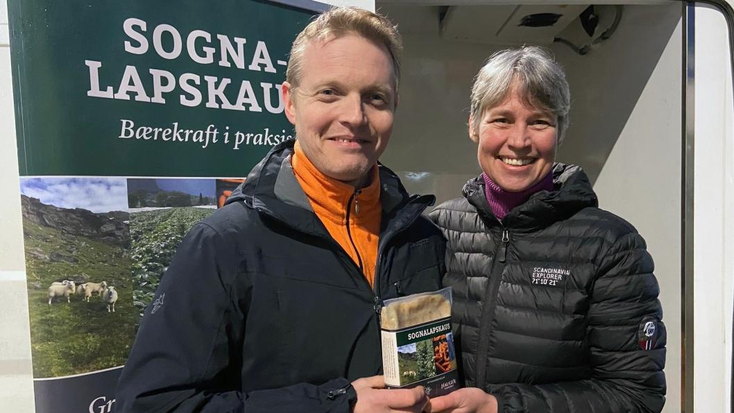 GLADE: Siden oppstart i august 2019 har Odd og Kristine Ohnstad, gründerene bak bedriften, produsert ca. 30 tonn med lapskaus av råvarer som ellers ville blitt kastet.