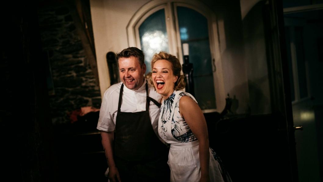 TO STJERNER!: Ektreparet Renaa, som driver restauranten Re-Naa i Stavanger, fikk to stjerner i Michelin-guiden.
