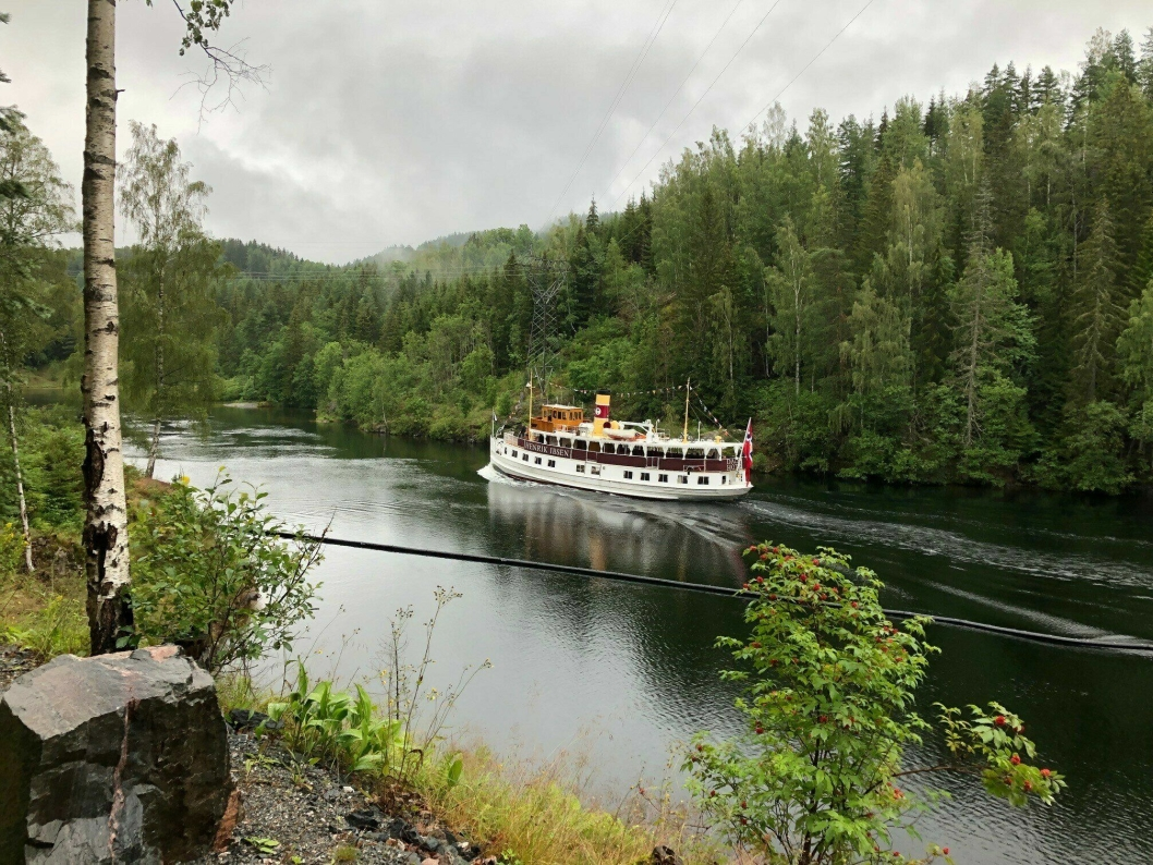 IDYLL: Mange har et forhold til de idylliske omgivelsene i Telemarkskanalen.